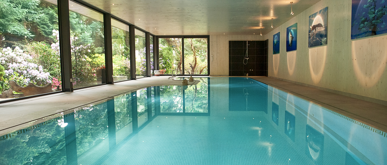 eospa_hensel_pool_design_indoor_familie_t_front